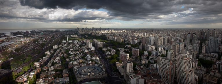 Buenos_Aires_Skyline_in_Color